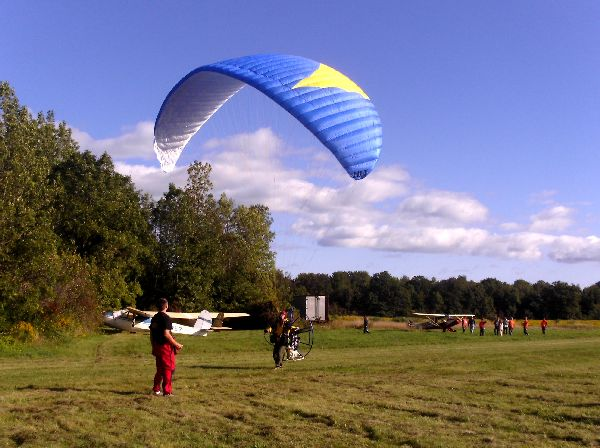 Chris Miller reverse launching his Sky Lift Paraglider
