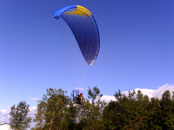 Chris Miller landing his Walkerjet paramotor