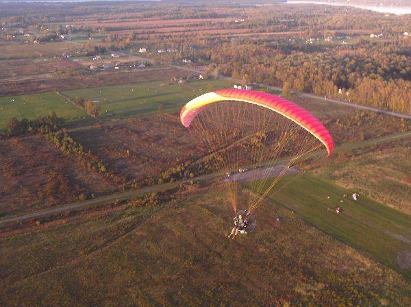 Matt flying his Walkerjet over Niagara